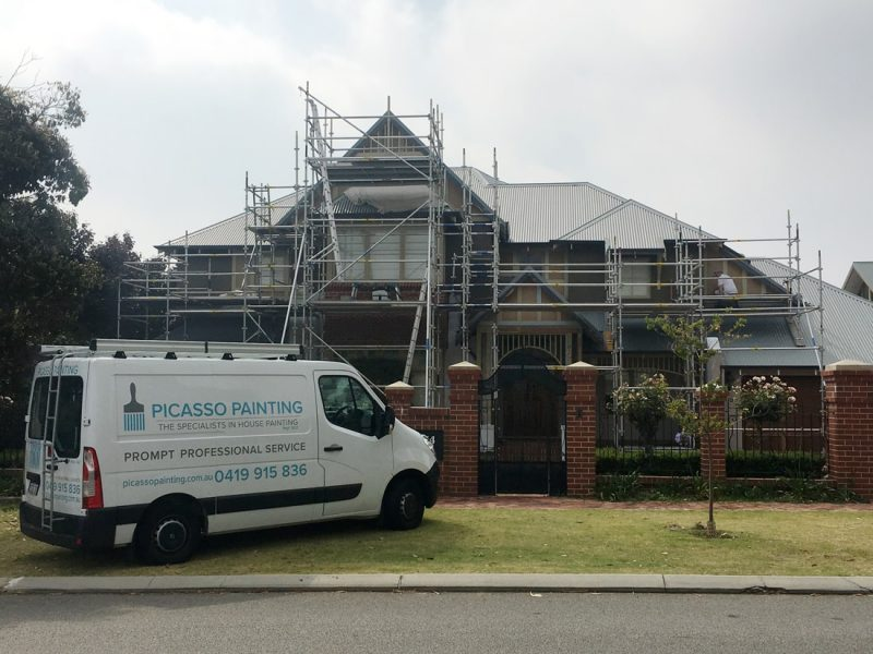 House 01 scaffolding and PP van